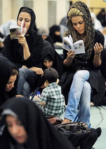 از فاجعه کشف حجاب در ماشین تا ساندویچی هایی که از ساعات اولیه صبح رمضان باز هستند!