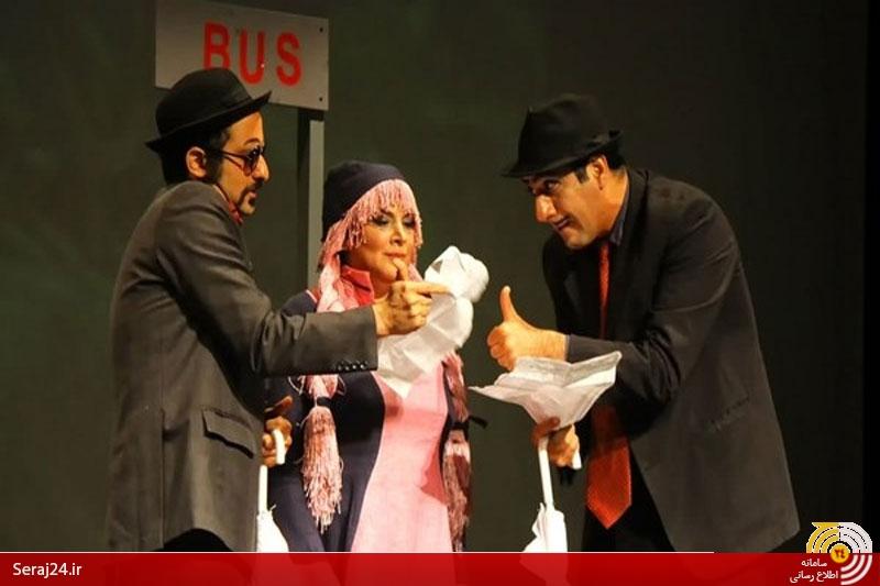شوخی های جنسی در تئاتر را پایانی نیست/ مسئولین در خواب، مجوز اجرای «پینوکیا» را داده اند؟+عکس