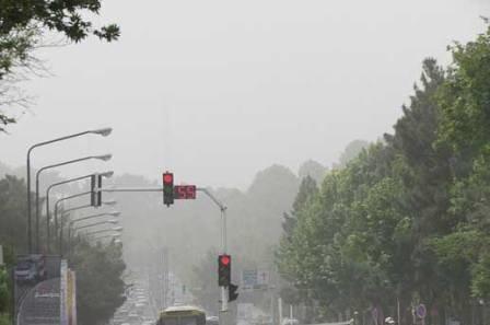آلوده ترین کلانشهرهای کشور/ کاهش منواکسید کربن در تهران