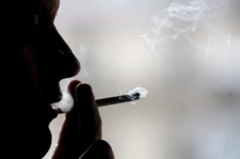 سیگاری ها دندانهای خود را از دست خواهند داد