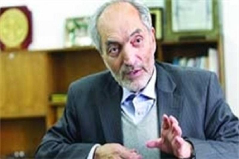 روحانی جلوی بیتدبیری تیم اقتصادی را بگیرد/ گره زدن مساله تحریمها به معیشت مردم صحیح نبود
