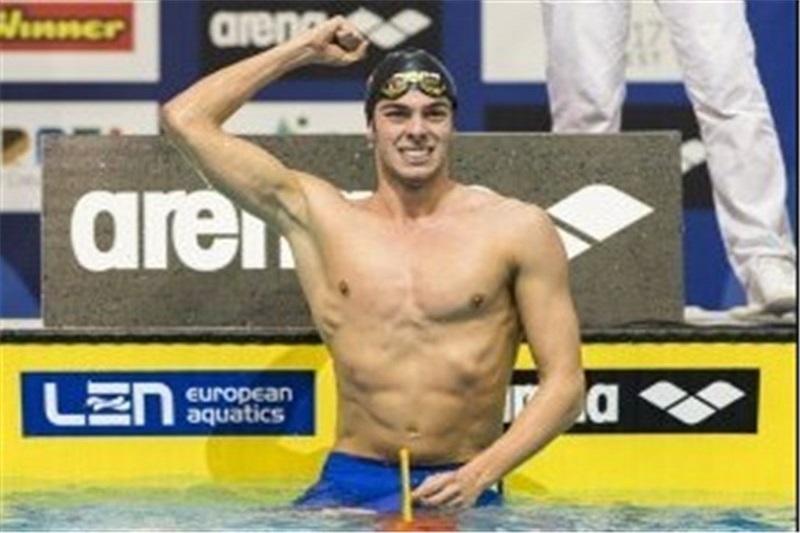 رکورد شنای 1500 متر جهان پس از 14 سال شکسته شد