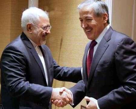 Zarif confers with Tajik counterpart