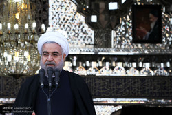 Rouhani heralds opening of Iran's economic gates to world