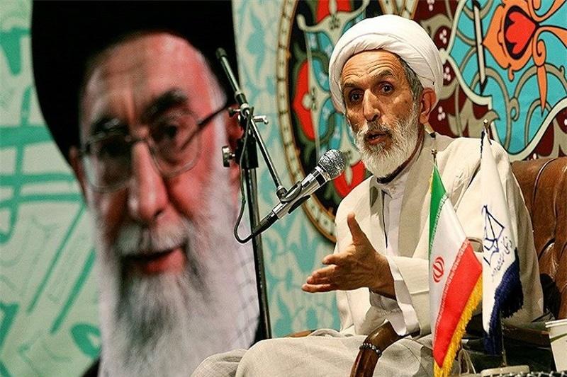 طائب: مذاکرات نتیجه اقتصادی بههمراه نداشت/آمریکا دشمنی با ایران را هیچ زمان کنار نمیگذارد