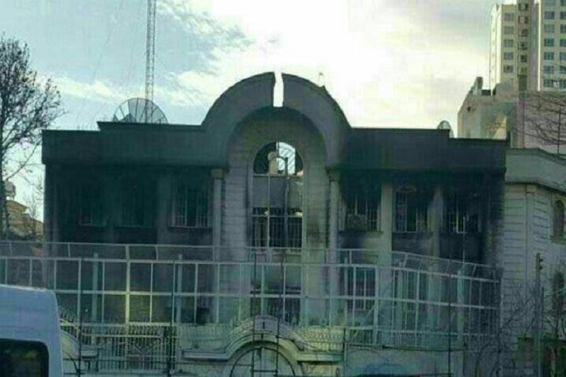نمای بیرونی سفارت سعودی، پس از آتش سوزی