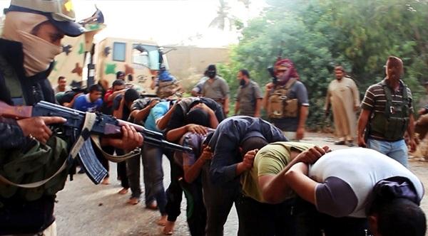 بررسی سیر پیشروی داعش در عالم رسانه/ نقش بغدادی در توسعه شبکههای مجازی داعش/ داعش؛ از انتشار نشریه تا ایجاد شبکه تلویزیونی