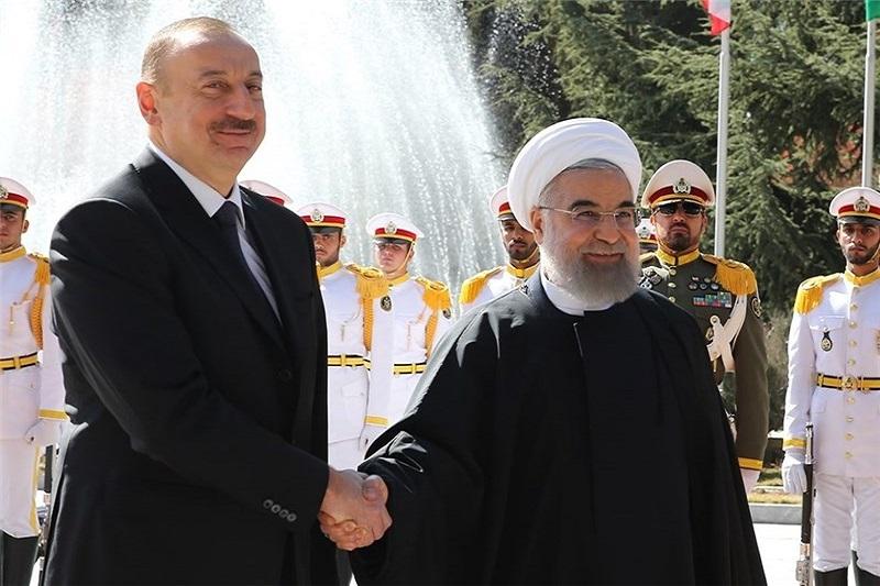 ایران و آذربایجان ۱۱ موافقتنامه و یادداشت تفاهم همکاری امضا کردند