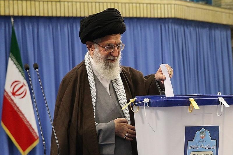 رهبرانقلاب در انتخابات مجلس شورای اسلامی و خبرگان رهبری شرکت کردند