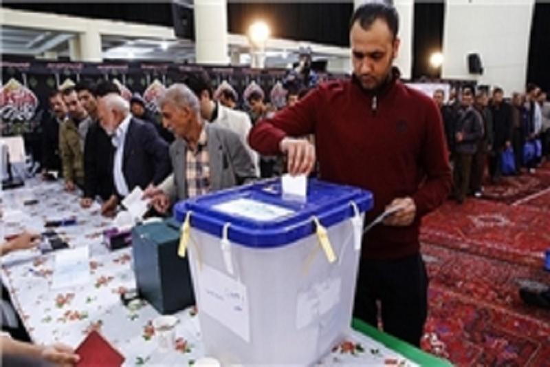 رقابت 5هزار نفری برای تصاحب 378 کرسی/ سیاسیون پای صندوق های رای چه گفتند/ انتخابات ایران در کانون توجهات جهانی