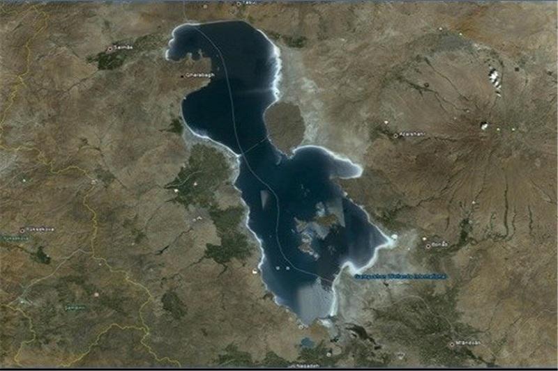 آب اصلی دریاچه ارومیه در اردیبهشت جاری میشود