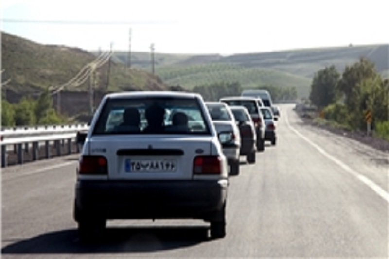 افزایش ترافیک جادهها با آغاز طرح سفرهای نوروزی جادهای/ تردد روان خودرو در محورها