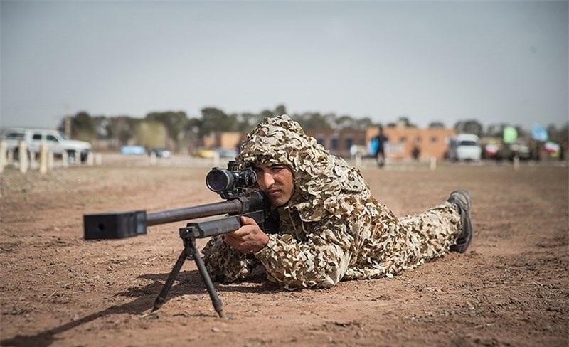 تجهیز نزاجا به دقیقترین سلاح تک تیرانداز ایرانی/ تکاوران با «صیاد» به صید میروند + عکس