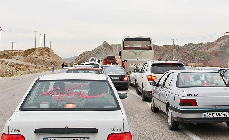 ترافیک در محور کرج - قزوین نیمهسنگین است