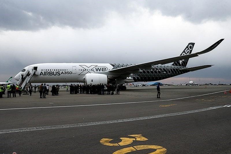 نخستین پرواز هواپیمای ایر باس ۳۲۰ انجام شد
