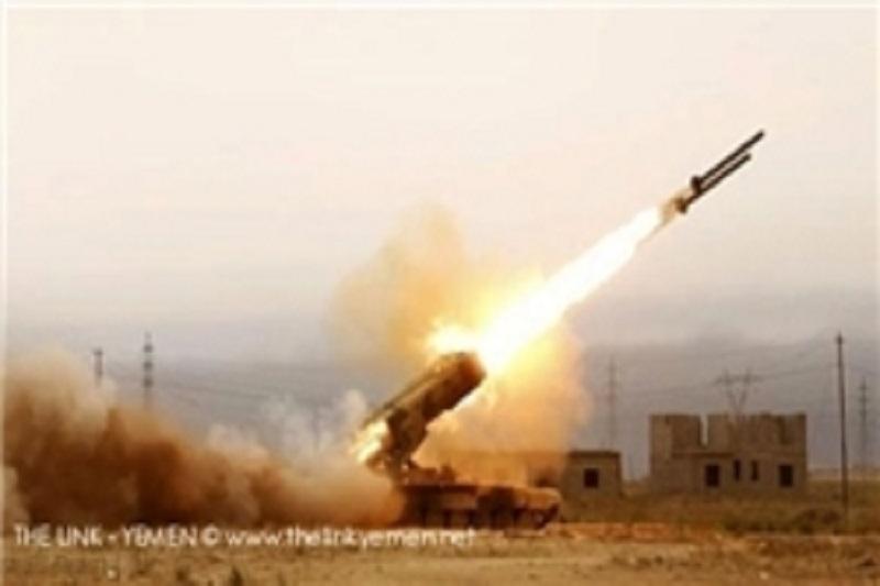 انهدام پایگاه عناصر مسلح ائتلاف سعودی در «الجوف» یمن با موشک «توچکا»