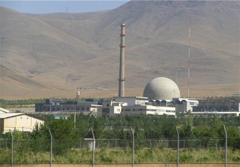 اعضای کمیسیون امنیت ملی مجلس از تأسیسات هستهای اراک بازدید میکنند