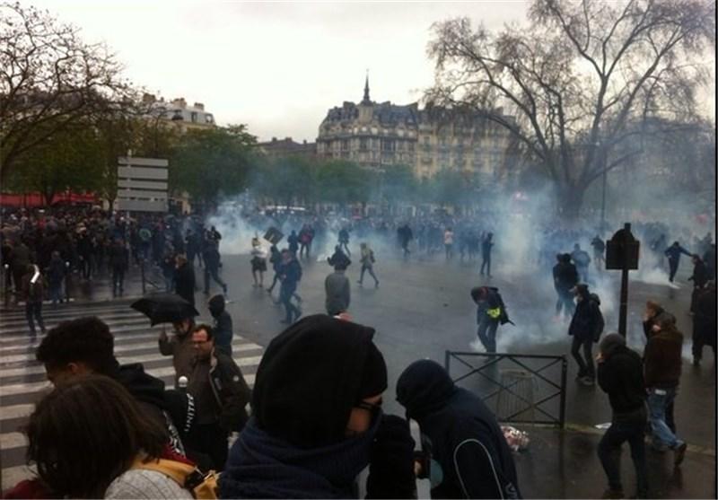 ادامه اعتراضات مردم پاریس به اصلاحات قانون کار/ ۲ پلیس زخمی شدند