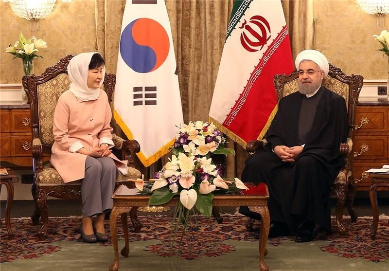 ایران و کرهجنوبی ۱۹ سند همکاری امضاء کردند