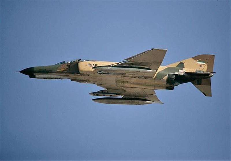 اورهال یک فروند جنگنده F۴ نهاجا در مهرآباد+ تصاویر