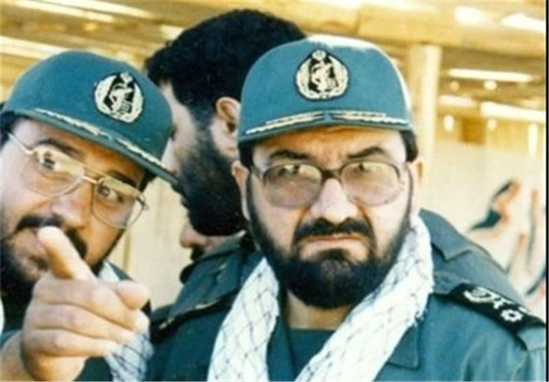 پاسداران به تأسی از ثارالله تا آخرین قطره خون از انقلاب و کشور دفاع میکنند