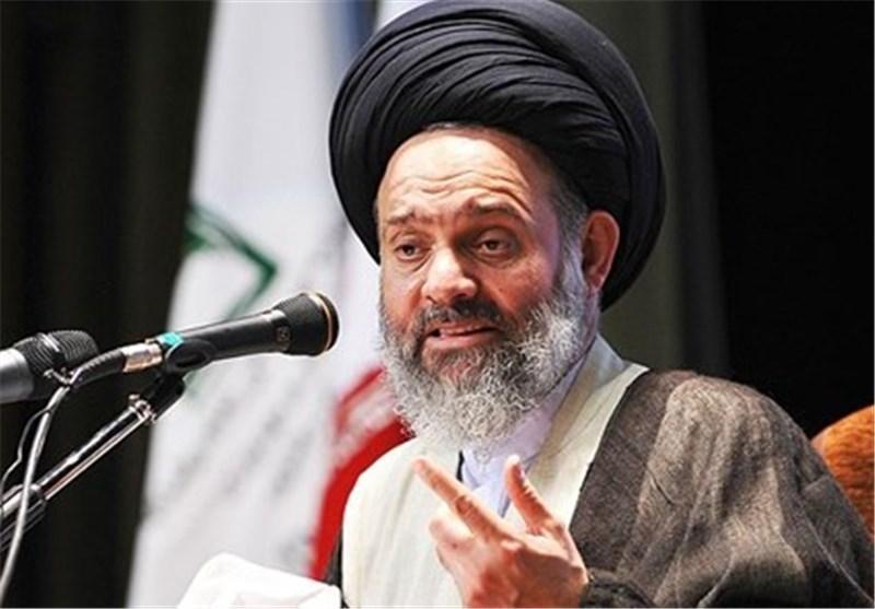 انتقاد آیتالله حسینی بوشهری از وضعیت کتابخوانی در کشور