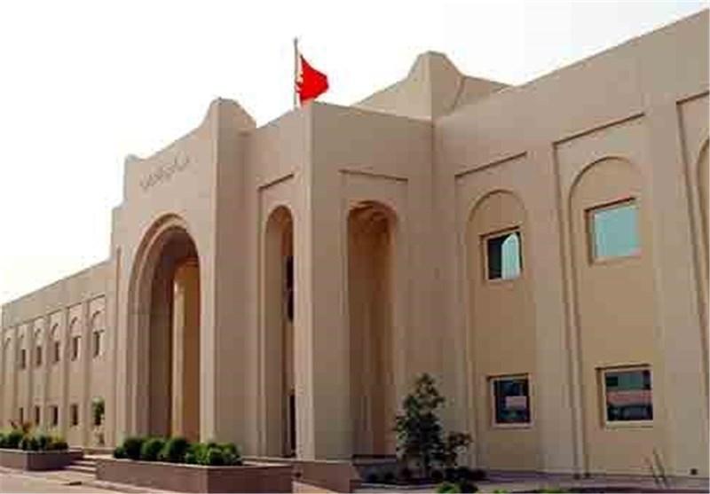 پارلمان آل خلیفه قانون ممنوعیت عضویت روحانیان در تشکلهای سیاسی را تصویب کرد