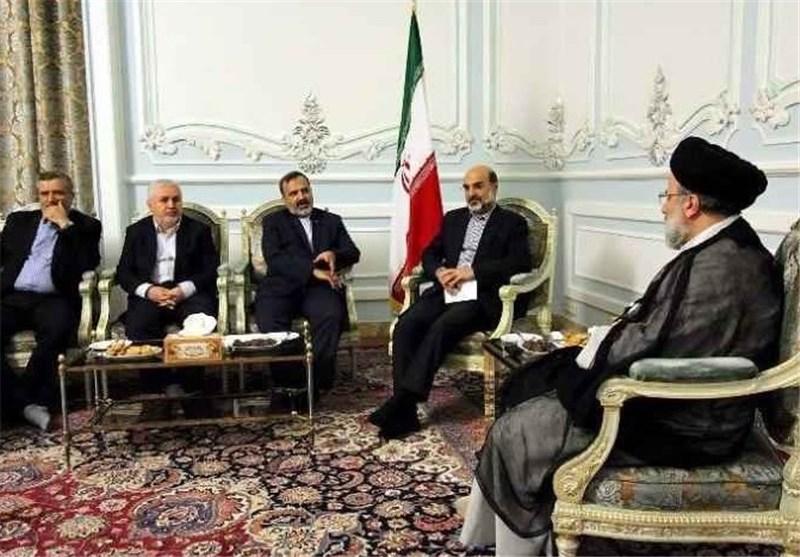 حجتالاسلام رئیسی خواستار راهاندازی استودیوی تلویزیونی در حرم مطهر رضوی شد
