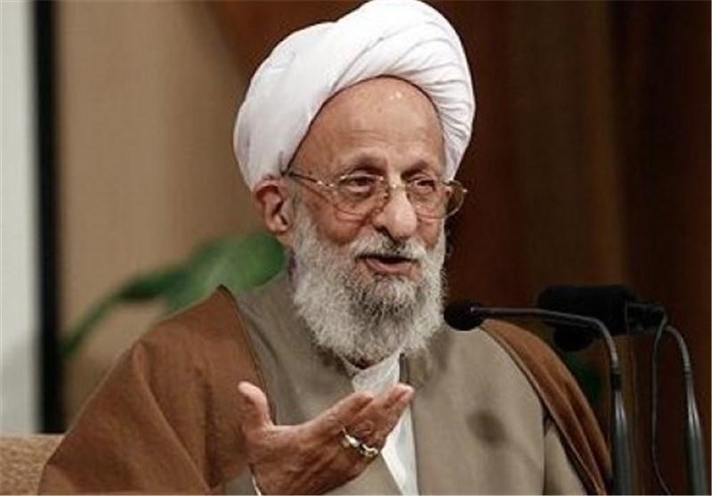 تئوریهای غربی و مارکسیستی از تبیین انقلاب اسلامی ایران عاجز هستند