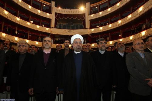 پایان حمایتهای هنرمندان از حسن روحانی/بیتدبیری دولت زمینهساز فرار بازیگران/بررسی اعتراضهای شدید هنرمندان به وضعیت اقتصادی کشور