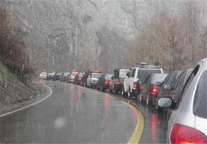 جاده چالوس فردا یکطرفه میشود/ تردد در لاین جنوبی آزادراه کرج ــ تهران نیمهسنگین و روان