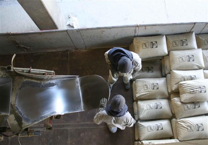 صادرات سیمان به نفع اقتصاد کشور نیست/اسکله بندر شهید رجایی بی کیفیت ساخته شده