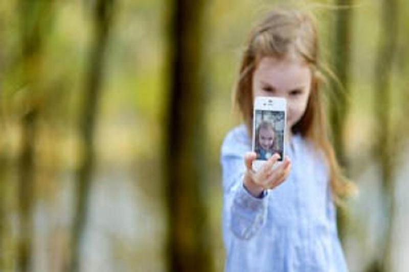 چگونه کودکان را با شبکههای اجتماعی آشنا کنیم؟