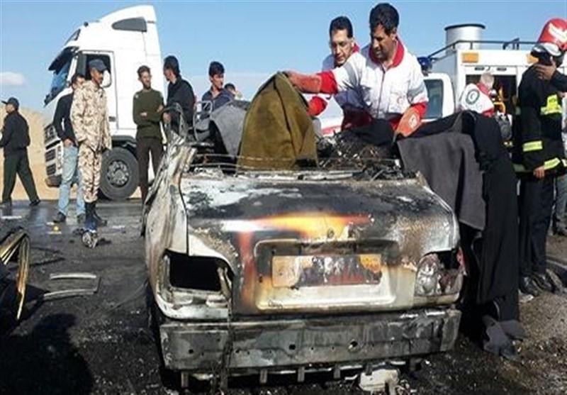 جادههای استان فارس ۱۳ کشته و ۹ زخمی برجای گذاشت