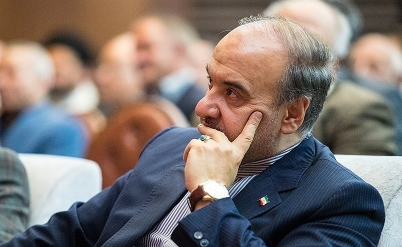 سلطانیفر خطاب به افتخاری و منصوریان: با قدرت و برنامه کار خود را دنبال کنید