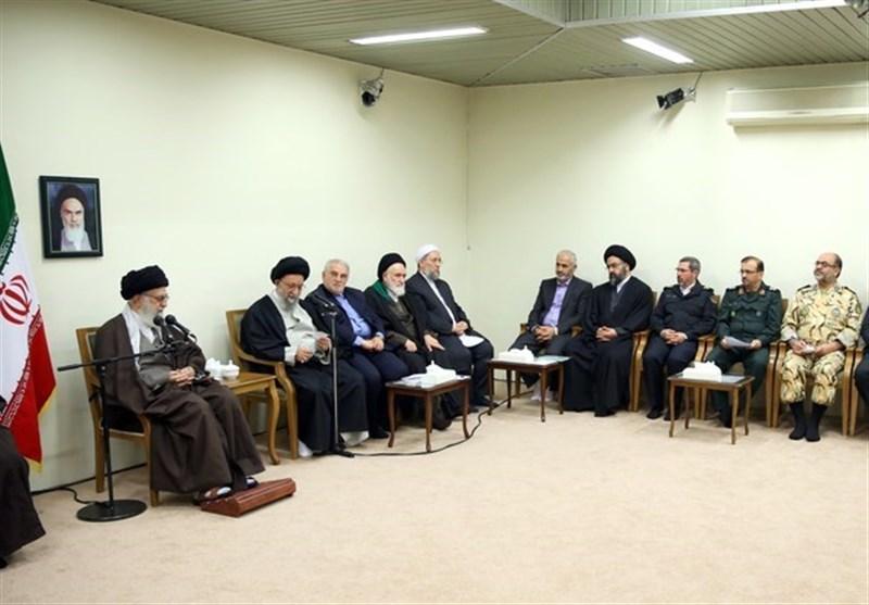 آحاد مسئولان و مردم در دفاع از نظام اسلامی احساس مسئولیت کنند
