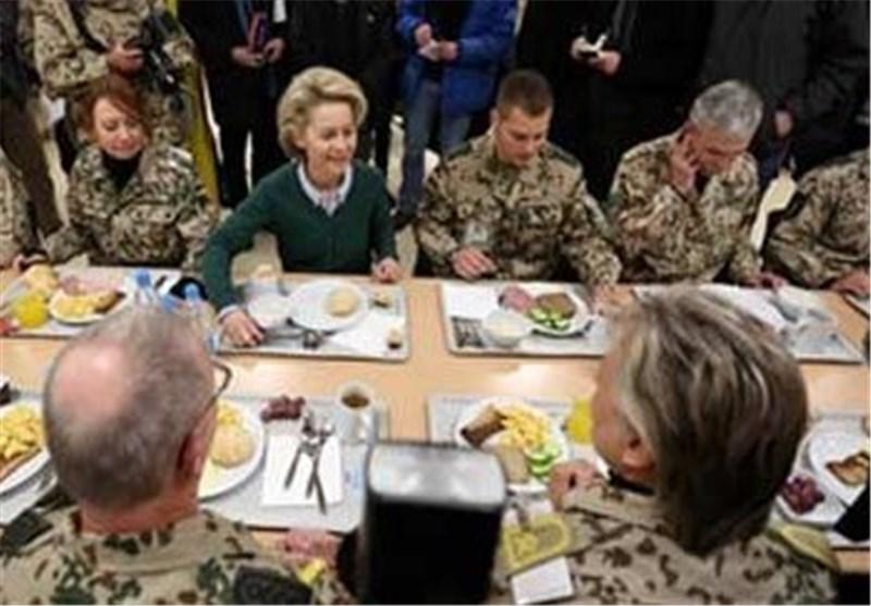 سفر وزیر دفاع آلمان به افغانستان