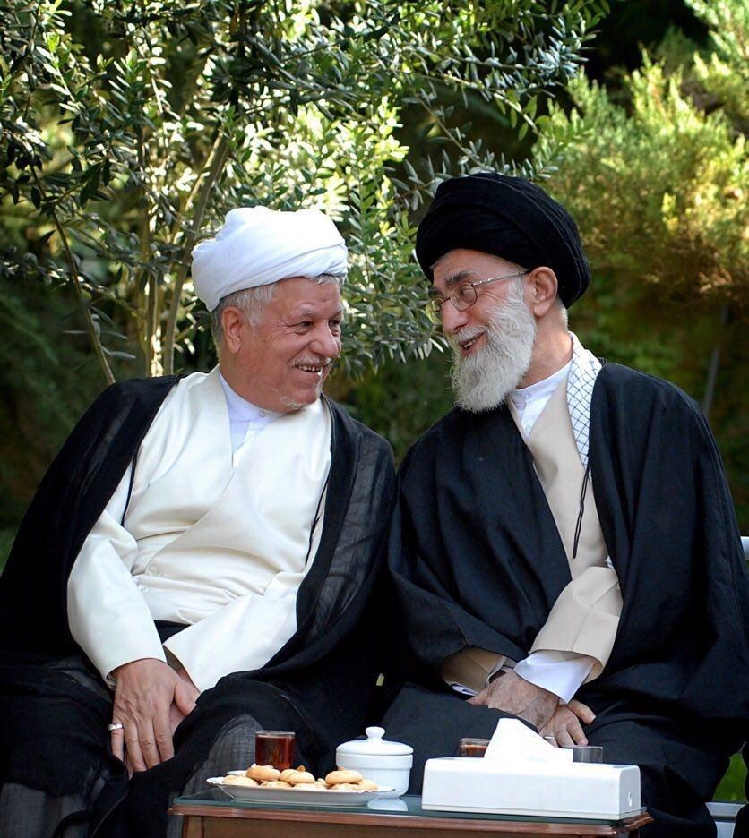 یک تصویر دیدنی و جملهای خاص درباره هاشمی در کانال تلگرامی رهبری