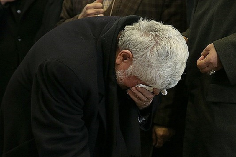 مراسم اقامه نماز بر پیکر آیتالله هاشمی با شکوه و استقبال امت حزبالله برگزار شد