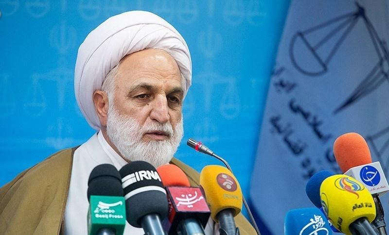 حکم اعدام به بابک زنجانی ابلاغ شد/شروع تحقیقات از متهم جدید/بازداشت ۴ قاضی متخلف