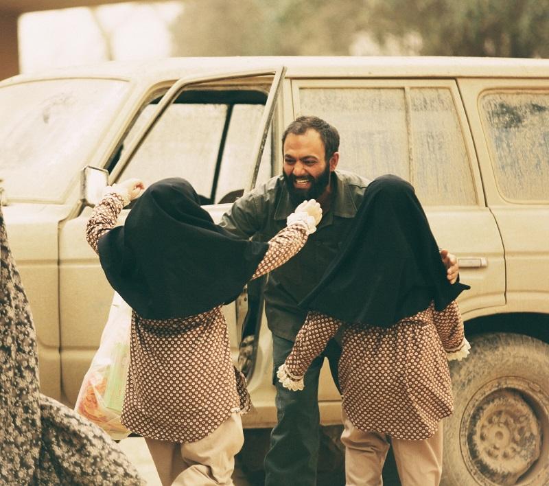 کدام فیلمهای جشنواره فجر مخاطبها را غافلگیر کرده است؟/بازگشت ارزشمند سینمای اجتماعی ایران به خانواده واقعی و سنتی/تکرار تجربه موفق«شیار143»در نمایش عواطف زنانه جنگ