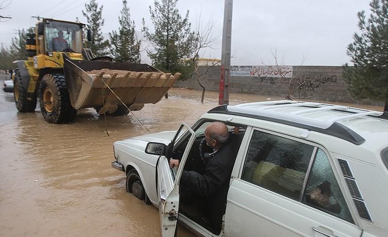 از قطعی آب در ۹۶ روستا تا تخریب پلهای ارتباطی/ افزایش ۴۰۰ درصدی بارش باران در برخی نقاط فارس