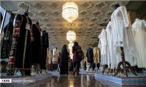 جشنواره لباس ایرانی و یک فاصله شیرین!
