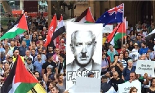 معترضان استرالیایی نتانیاهو را «جنایتکار جنگی» خواندند