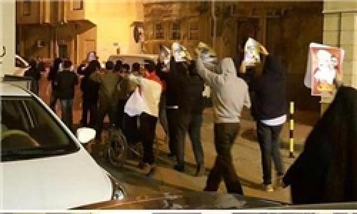 تظاهرات در منامه در دفاع از آیتالله عیسی قاسم/ استمرار تحصن مردم در «الدراز»