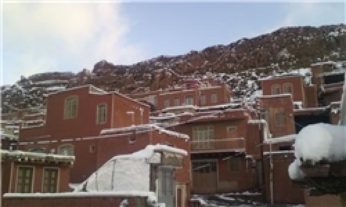 رخت سفید بر تن روستای ابیانه در ایام نوروز+تصاویر
