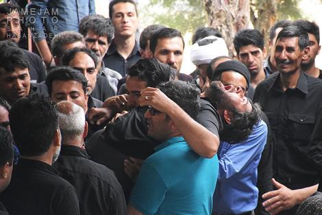 (تصاویر) تشییع یکی از جانباختگان معدن آزادشهر