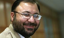 بعید است روحانی تن به شفافیت مالی دهد/اگر نامزدی از این کار خودداری کند به مردم اهانت کرده است