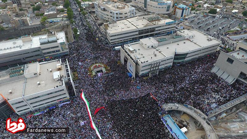 عکس هوایی از اجتماع پرشور حامیان رئیسی در مشهد