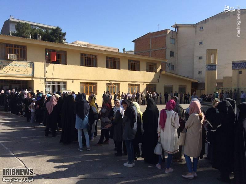 عکس/ حضور باشکوه مردم گلستان در شعبه های رای گیری